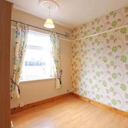 Rent this 2 bed house on Sydney Bridge Junction in Hallshaw Avenue, Crewe
