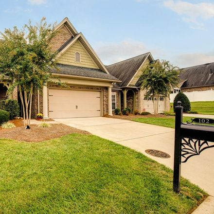 Rent this 3 bed townhouse on 102 Sweetwater Ct in Clemmons, NC