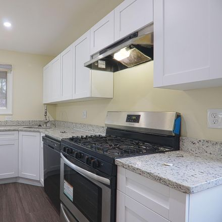 Rent this 5 bed townhouse on 28th Pkwy in Temple Hills, MD