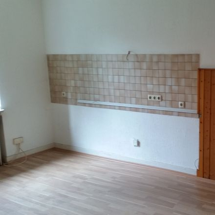 Rent this 2 bed apartment on Heerstraße 238 in 47053 Duisburg, Germany