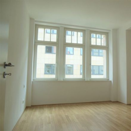 Rent this 4 bed apartment on Rosa-Luxemburg-Straße 17 in 04103 Leipzig, Germany
