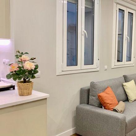 Rent this 1 bed apartment on Mercado de Ibiza in Calle de Ibiza, 8