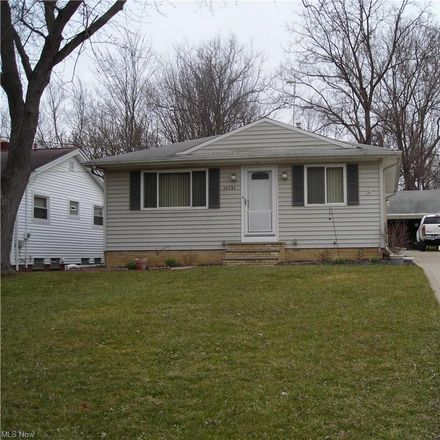 Rent this 3 bed house on 16131 Glenburn Avenue in Maple Heights, OH 44128