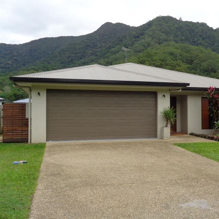 Rent this 4 bed house on Bentley Park