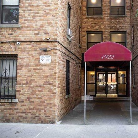 Rent this 1 bed condo on 1922 McGraw Avenue in New York, NY 10462