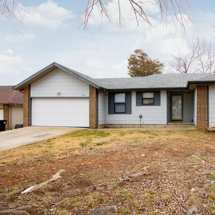 Rent this 3 bed house on South Ferguson Avenue in Springfield, MO 65807
