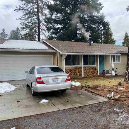 Rent this 3 bed house on 2nd St in Quincy, CA