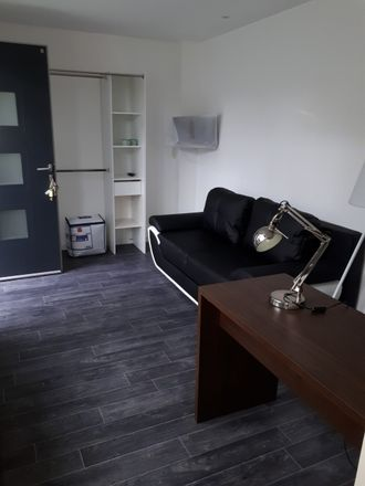 Rent this 8 bed room on 8 Rue du Faubourg de Béthune in 59000 Lille, France