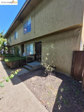 Rent this 2 bed apartment on 1736 Parker Street in Berkeley, CA 94703