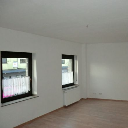 Rent this 3 bed apartment on Giesenkirchener Straße 54 in 41238 Mönchengladbach, Germany