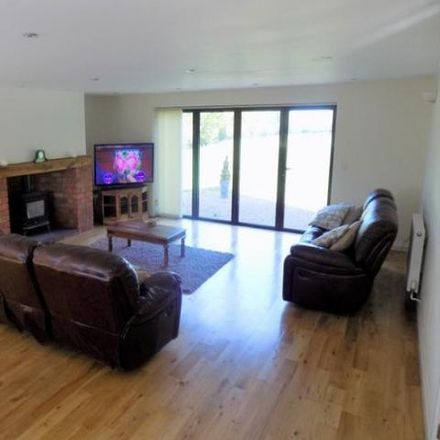 Rent this 4 bed house on Gorcott Hill in Stratford-on-Avon B98 9EN, United Kingdom