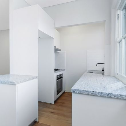 Rent this 1 bed apartment on 2/62 Glasgow Avenue