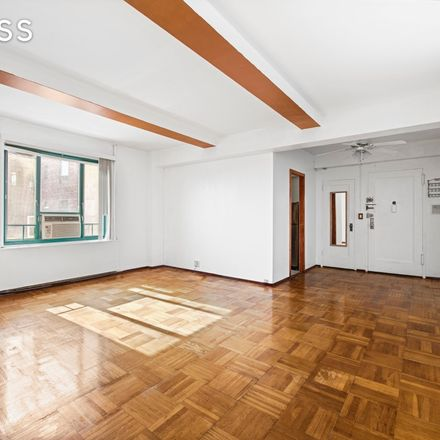 Rent this 1 bed condo on 1 Metropolitan Oval in New York, NY 10462