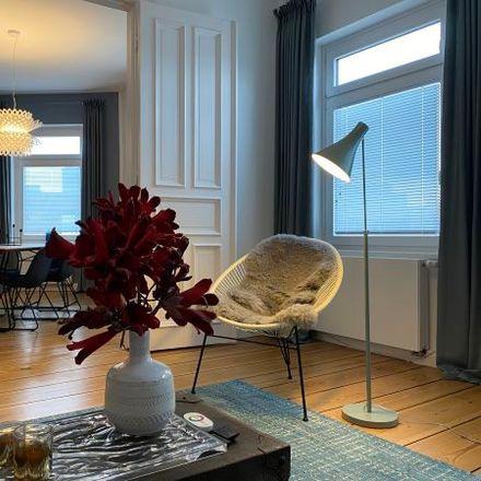 Rent this 3 bed apartment on Zeughausmarkt 21 in 20459 Hamburg, Germany