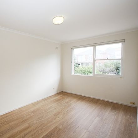 Rent this 2 bed apartment on 5/26 Sturt St