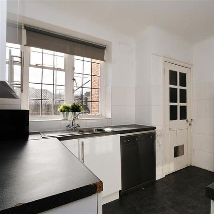 Rent this 2 bed apartment on Devonshire House in Highlands Heath, London SW15 3TR