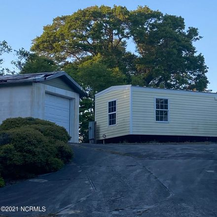 Rent this 1 bed house on 302 Bay Tree Ln in Emerald Isle, NC