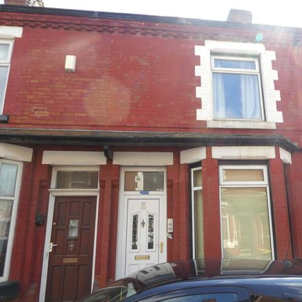 Rent this 3 bed house on Heald Place Primary School in Camborne Street, Manchester M14 7PH