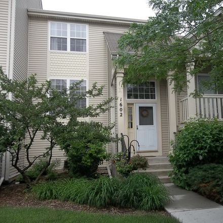 Rent this 2 bed townhouse on 1602 Superior Court in Gurnee, IL 60031