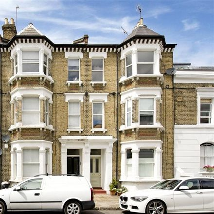 Rent this 3 bed apartment on Cruden Street in London N1, United Kingdom