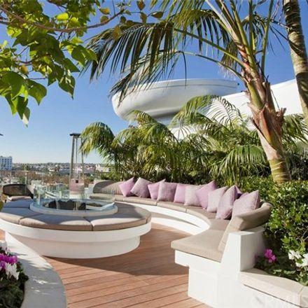 Rent this 1 bed condo on Burton Way in Los Angeles, CA 90048
