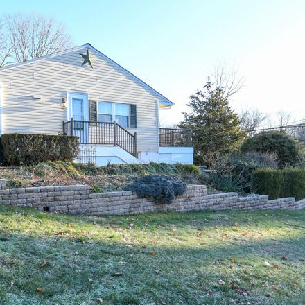 Rent this 3 bed house on 720 Gravel Hill Road in Upper Southampton Township, PA 18966