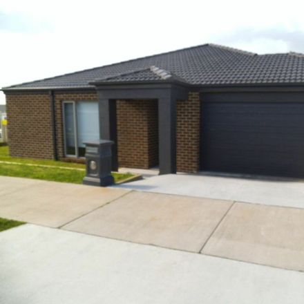 Rent this 3 bed house on 1 Como Court