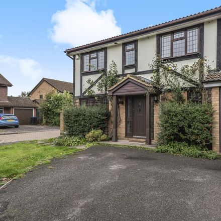 Rent this 4 bed house on Little Green Lane in Runnymede KT16 9QA, United Kingdom