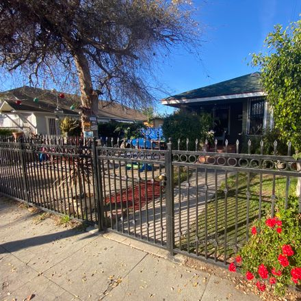 Rent this 3 bed house on 1717 West 45th Street in Los Angeles, CA 90062