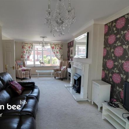 Rent this 3 bed house on Moorland Close in Staffordshire Moorlands ST9 0EH, United Kingdom