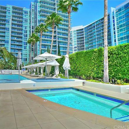 Rent this 3 bed condo on Marina Pointe Dr in Marina del Rey, CA