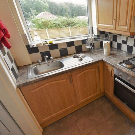 Rent this 2 bed house on Lea Farm Drive in Leeds LS5 3QG, United Kingdom