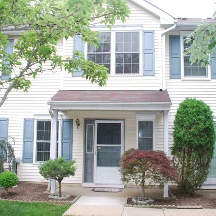 Rent this 3 bed condo on 1137 Roseberry Ct in Morganville, NJ