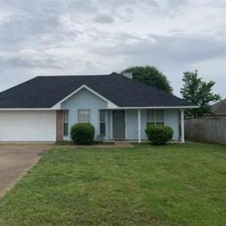 Rent this 3 bed house on 905 Mourning Dove Drive in Hinds County, MS 39272