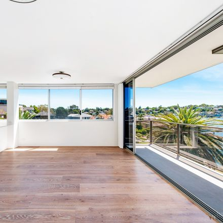 Rent this 3 bed apartment on 13/74 Wrights Road