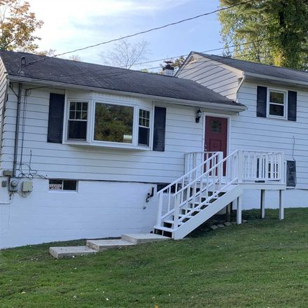 Rent this 3 bed house on Austin Ct in Poughkeepsie, NY