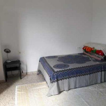 Rent this 3 bed room on Calle Rosalía de Castro in 18011 Granada, Spain
