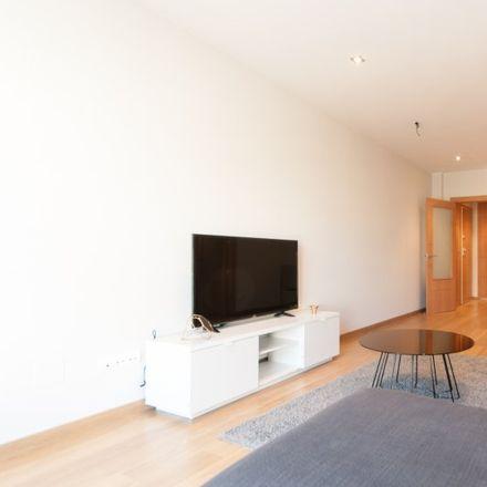 Rent this 3 bed apartment on Carrer de Los Castillejos in 220, 08025 Barcelona