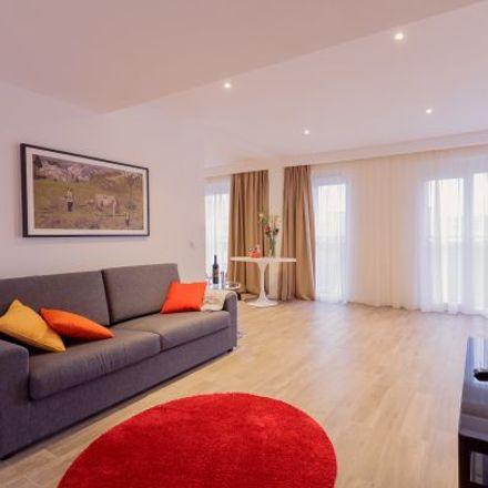 Rent this 3 bed apartment on Elbestraße 29 in 60329 Frankfurt, Germany