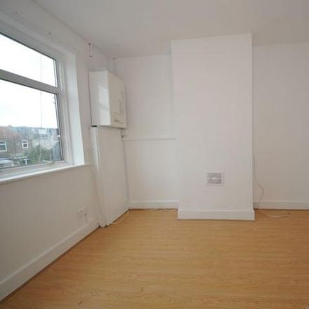 Rent this 2 bed apartment on Tylehurst Gardens in London IG1 2QL, United Kingdom