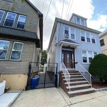 Rent this 7 bed loft on 615 82nd Street in North Bergen, NJ 07047