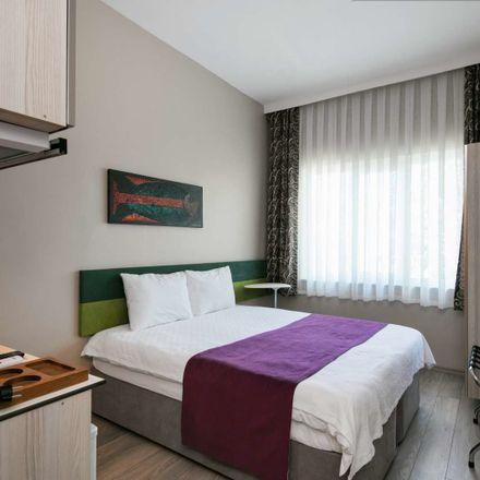 Rent this 3 bed apartment on İnönü Mahallesi in Küçük Bayır Sk. No:57, 34373 Şişli/İstanbul