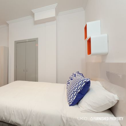 Rent this 1 bed room on 60 Flinders Street