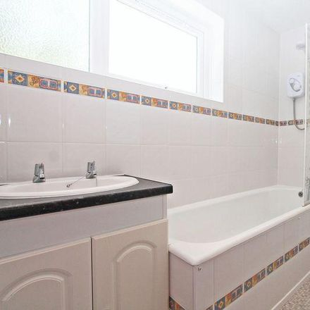 Rent this 3 bed house on 39 Beacon Bottom in Fareham SO31 7GQ, United Kingdom