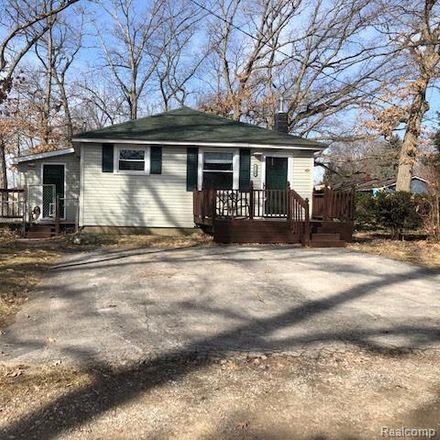 Rent this 2 bed house on 6240 Browning Ct in Brighton, MI