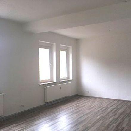 Rent this 3 bed apartment on Rödlitzer Straße 25 in 09350 Lichtenstein/Sachsen, Germany