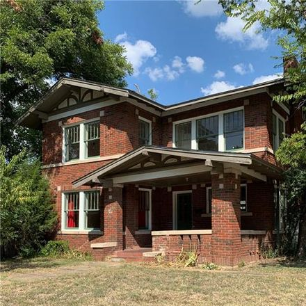 Rent this 3 bed house on 2019 Lipscomb Street in Fort Worth, TX 76110