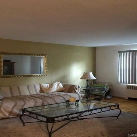 Rent this 1 bed condo on 2 Fieldstone Drive in Town of Greenburgh, NY 10530