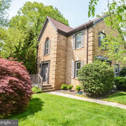 Rent this 4 bed townhouse on 12489 Sweet Leaf Terrace in Chantilly, VA 22033