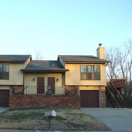 Rent this 3 bed house on 3304 Saratoga Drive in Belleville, IL 62221